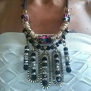 Jewelry - Fashion Colorful Necklace rhinestone & gold tone!